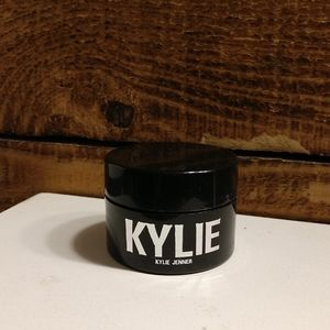 Kylie Cosmetics Tahiti Highlight
